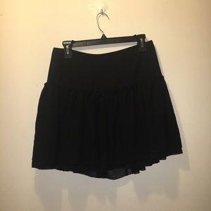 Black Banana Republic ruffle skirt